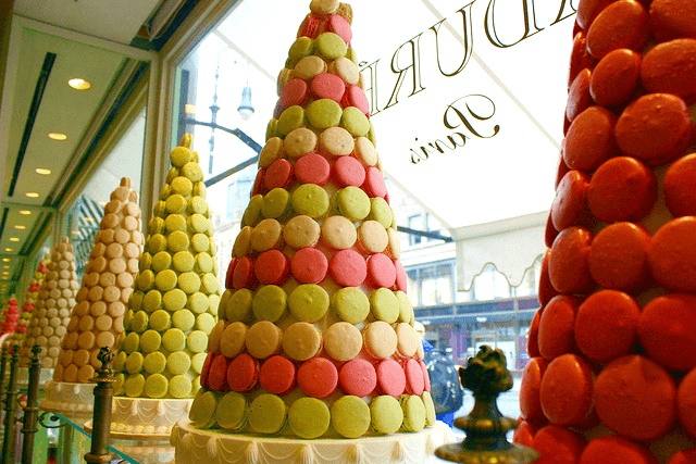 European Food Craze Takes NYC: Macarons!