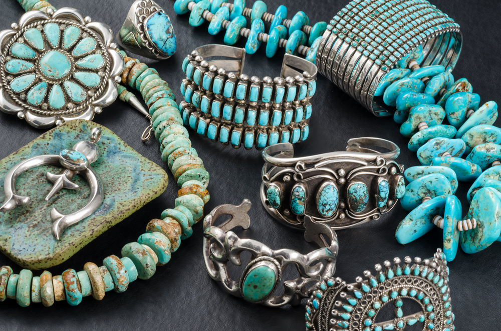 """Glittering World"": Navajo Jewelry of the Yazzie Family"